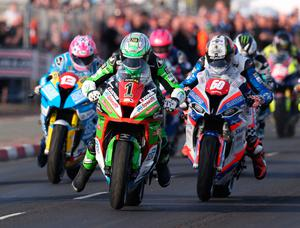 Duel role: top riders Glenn Irwin (1) and Peter Hickman (60) dice at last year's North West