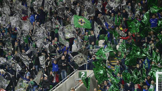 Pacemaker Press Belfast 09-11-2017: Northern Ireland v Switzerland  World Cup Play Off qualifier. Northern IrelandÕs fans pictured during this evenings game at the National Stadium Windsor Park. Picture By: Arthur Allison.