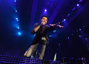 Pacemaker Press Belfast 04-03-2013: Daniel O'Donoghue frontman of the Irish alternative rock band The Script  pictured during their concert at Belfast Odyssey Arena Belfast. Picture By: Arthur Allison.