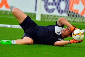 Bordeaux's French goalkeeper Cedric Carrasso practices during the warm up of the UEFA Europa League Group B football match Bordeaux vs Liverpool on September 17, 2015 at the Matmut Atlantique stadium in Bordeaux. AFP PHOTO / NICOLAS TUCATNICOLAS TUCAT/AFP/Getty Images