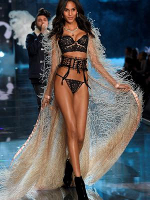 NEW YORK, NY - NOVEMBER 10:  Model Cindy Bruna from France walks the runway during the 2015 Victoria's Secret Fashion Show at Lexington Avenue Armory on November 10, 2015 in New York City.  (Photo by Dimitrios Kambouris/Getty Images for Victoria's Secret)