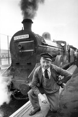Driver Billy Mccaughley take a bow at Central Station before steaming off to Dublin with the Slieve Gullion Express.  11/9/1982