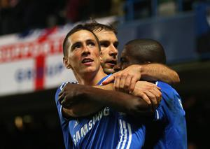 LONDON, ENGLAND - OCTOBER 27:  Fernando Torres of Chelsea celebrates scoring their second goal with Branislav Ivanovic and Ramires of Chelsea uring the Barclays Premier League match between Chelsea and Manchester City at Stamford Bridge on October 27, 2013 in London, England.  (Photo by Clive Rose/Getty Images)