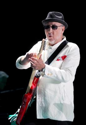 10.06.13. PICTURE BY DAVID FITZGERALD Pete Townsend of The Who performing in the Odyssey Arena, Belfast last night
