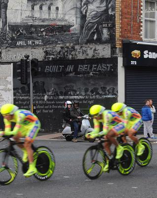Pacemaker Press 9/4/2014  The Giro d'Italia team time trial takes place this afternoon on the Newtonards Road in Belfast ,  Passing  its Iconic Murals   Picture Colm/Pacemaker.