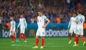 NICE, FRANCE - JUNE 27: Jamie Vardy of England reacts during the UEFA EURO 2016 round of 16 match between England and Iceland at Allianz Riviera Stadium on June 27, 2016 in Nice, France.  (Photo by Lars Baron/Getty Images)