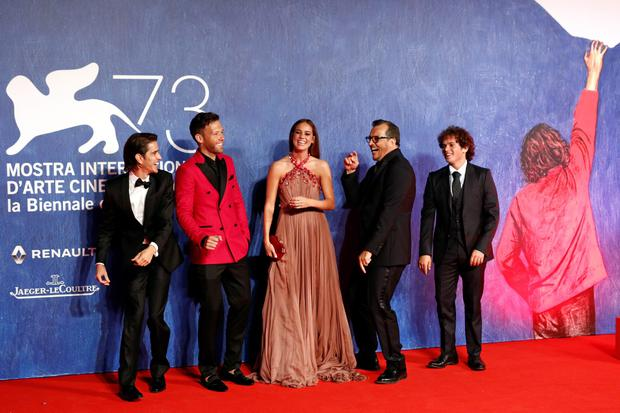 VENICE, ITALY - SEPTEMBER 01:  (L-R) Joseph Haro, Taylor Frey, Matilda Lutz, Gabriele Muccino and Brando Pacitto attend the premiere of 'Summertime' during the 73rd Venice Film Festival at Sala Giardino on September 1, 2016 in Venice, Italy.  (Photo by Andreas Rentz/Getty Images)