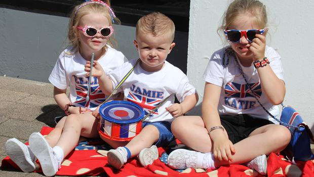 COLERAINE Ellie, Jamie, and Katie, playong at the Coleraine twelfth.PICTURE MARK JAMIESON.