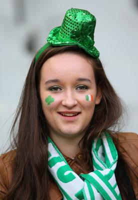 An Ireland fan is seen during the RBS Six Nations match between France and Ireland at Stade de France on March 15, 2014 in Paris, France.  (Photo by Julian Finney/Getty Images)