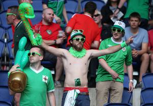 Northern Ireland fans ready to support side against Wales during Saturdays Round of 16  EURO 2016 match at the Parc des Princes, Paris . Picture by Brian Little/Presseye