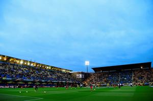 VILLARREAL, SPAIN - APRIL 28:  A general view inside the stadium prior to the UEFA Europa League semi final first leg match between Villarreal CF and Liverpool at Estadio El Madrigal on April 28, 2016 in Villarreal, Spain.  (Photo by David Ramos/Getty Images)