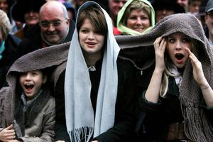 File photo dated 05/03/06 of the family of Bob Geldof; (left) Tiger Lilly, Pixie and Peaches applaud as he receives the Freedom of Dublin City in a special ceremony outside Mansion House in Dublin. Peaches Geldof has died at the age of 25. Photo: Julien Behal/PA