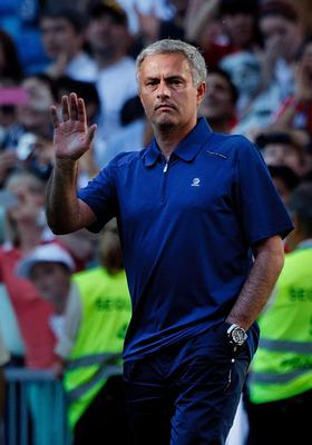 MADRID, SPAIN - JUNE 01:  Head coach Jose Mourinho of Real Madrid CF says goodbye to the Real Madrid fans for the last time after the La Liga match between Real Madrid CF and CA Osasuna at Estadio Santiago Bernabeu on June 1, 2013 in Madrid, Spain.  (Photo by Gonzalo Arroyo Moreno/Getty Images)