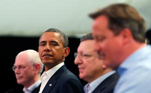 ENNISKILLEN, UNITED KINGDOM - JUNE 17:  U.S. President Barack Obama (2nd, L) glances at Britain's Prime Minister David Cameron (R) during a news conference with European Council President Herman Van Rompuy (L) and European Commission President Jose Manuel Barroso (2nd, R) at the G8 summit on June 17, 2013 in Enniskillen, Northern Ireland. Leaders from the G8 nations have gathered to discuss numerous topics with the situation in Syria expected to dominate the talks. (Photo by Andrew Winning - WPA Pool/Getty Images)