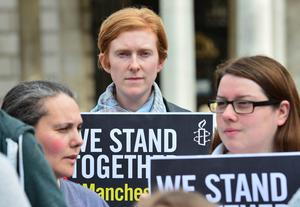 Pacemaker Press Belfast 23-05-2017:  A silent vigil took place in Belfast city centre tonight in memory of the victims of last night's bomb attack in Manchester. Picture By: Arthur Allison.
