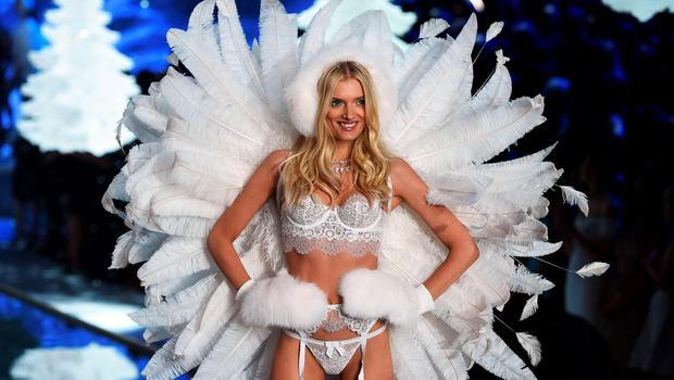 Model Lily Donaldson from Britain presents a creation during the 2015 Victoria's Secret Fashion Show in New York on November 10, 2015. AFP PHOTO/JEWEL SAMADJEWEL SAMAD/AFP/Getty Images