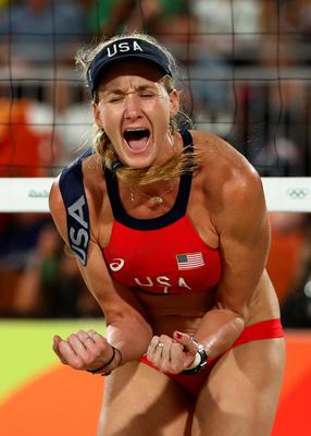 RIO DE JANEIRO, BRAZIL - AUGUST 17:  Kerri Walsh Jennings of the United States celebrates a point during the Beach Volleyball Women's Bronze medal match against Larissa Franca Maestrini and Talita Rocha of Brazil on day 12 of the Rio 2016 Olympic Games at the Beach Volleyball Arena on August 17, 2016 in Rio de Janeiro, Brazil.  (Photo by Ezra Shaw/Getty Images) *** BESTPIX ***