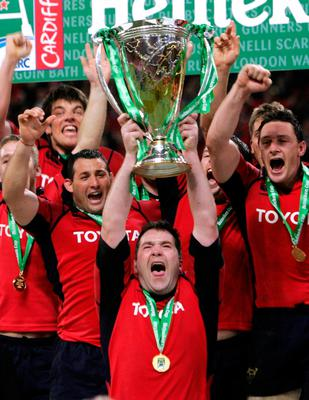 File photo dated 20-05-2006 of Munster captain Anthony Foley lifts the Heineken Cup following the Heineken Cup final against Biarritz at the Millennium Stadium, Cardiff. PRESS ASSOCIATION Photo. Issue date: Sunday October 16, 2016. Munster head coach Anthony Foley has died at the team hotel in Paris before their European Champions Cup tie against Racing 92, the Irish club have announced. See PA story RUGBYU Foley. Photo credit should read David Davies/PA Wire.