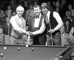 Shake on it: Len Ganley with David Tayor (left) and Tony Knowles in 1982