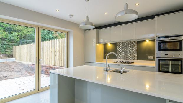 The fully fitted kitchens come with gas hob and electric oven