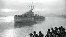 HMS Duncan, lead ship of 7th Escort Group, commanded by Peter Gretton, is welcomed into the Foyle on November 5, 1943