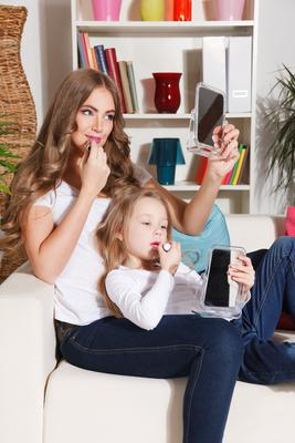 NI beauty expert Paddy McGurgan tells mums in lockdown how to achieve an easy look to see you through a busy day