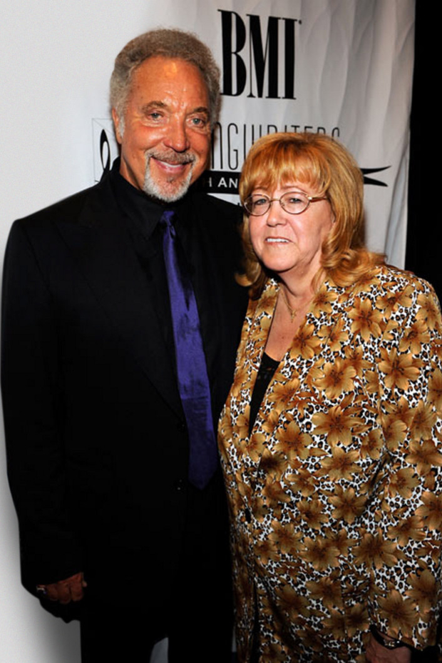 So in love: Sir Tom Jones and wife Linda, who were together for almost six decades