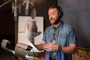 Justin Timberlake in the recording studio