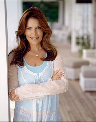Hollywood approval: Roma Downey is a fan of Roisin's work