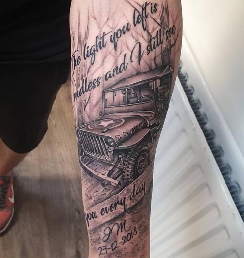 The tattoo in memory of his late dad Jim