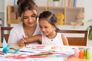 Close bond: drawing can bring families closer together