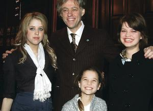 Peaches, Pixie, Tiger Lily and Bob as he received the freedom of Dublin in 2006