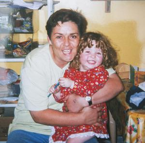 Geraldine with daughter Anne as a youngster