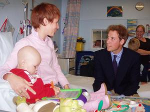 Nic meeting Prince William in hospital with Kenzie