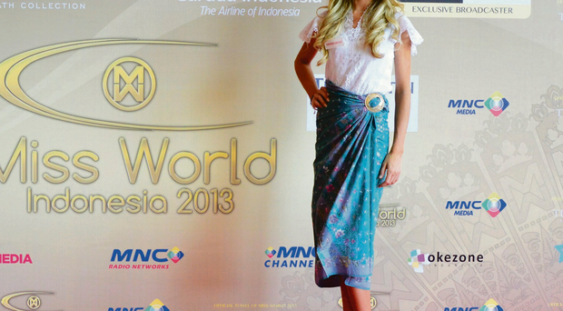 Miss Northern Ireland Meagan in traditional Bali dress