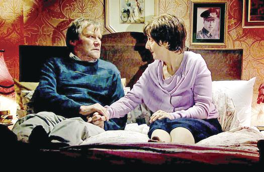 Roy Cropper, played by David Neilson, and wife Hayley (Julie Hesmondhalgh) act out her dramatic end