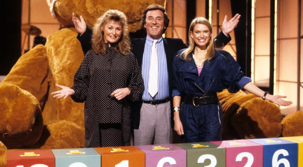Sue Cooke, Terry Wogan and Anneka Rice in 1987