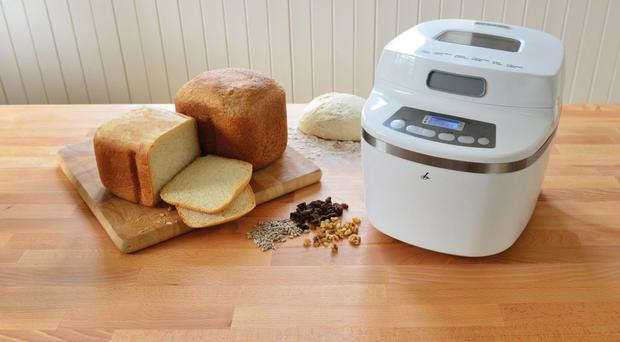 Lakeland Small Space Bread Machine