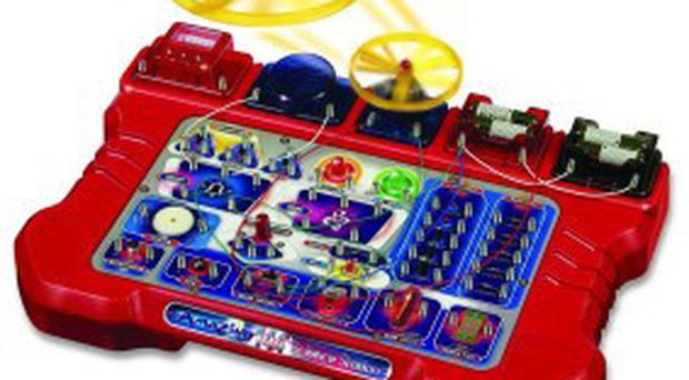 The Tronex Amazing 144+ Science Lab Electronic Kit, £29.99