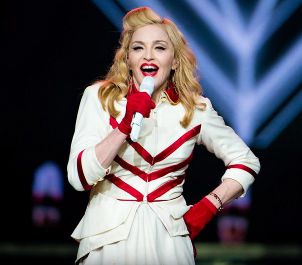 Live to tell: Madonna going solo