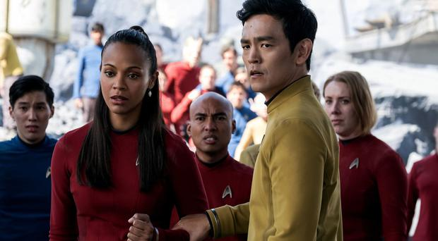 Star wars: Zoe Saldana (Uhura) and John Cho (Sulu) face another battle