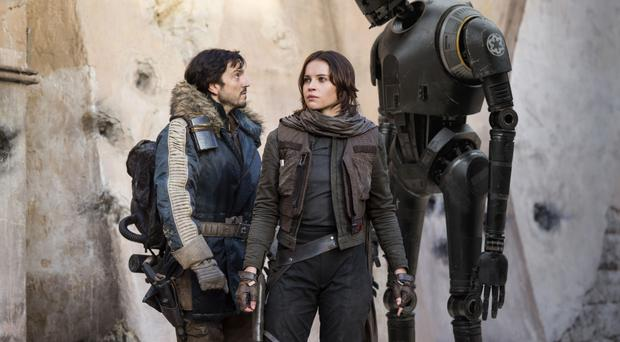 Cassian Andor (Diego Luna), Jyn Erso (Felicity Jones) and K-2SO (Alan Tudyk) in Rogue One
