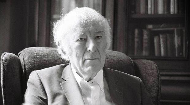 The timeless photographs of Seamus Heaney taken by Mairead Henry