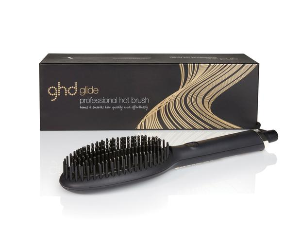 Goodbye frizz: the ghd Glide is perfect for that second day hair