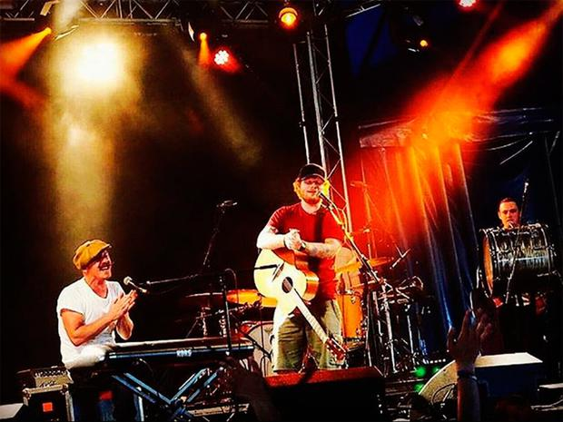 Ryan (right) on stage with Foy Vance (left) and Ed Sheeran (centre)