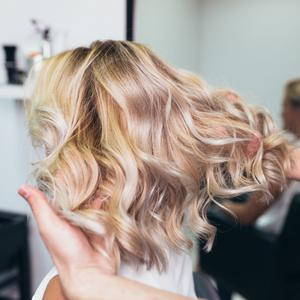 Bright look: blonde hair needs care