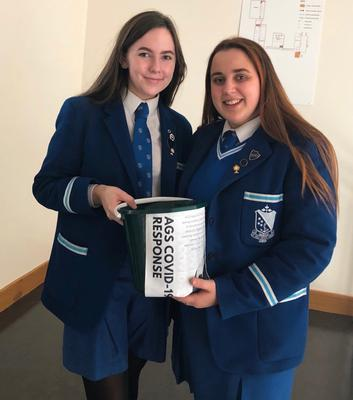 Ciara and fellow pupil Clodagh Bogues fundraising for Covid-19 Crisis