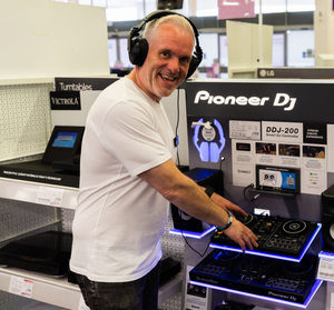 Chris Moyles offered his experience to tech customers