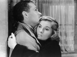 Laurence Olivier and Joan Fontaine in the original film