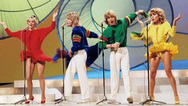 Bucks Fizz singing Making Your Mind Up on the Eurovision Song Contest
